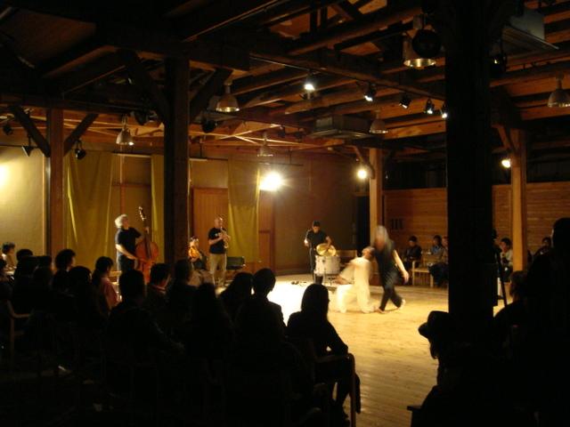 ホールイベント(現代舞踊)