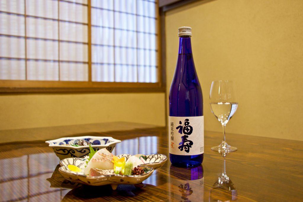 12月10日(日)夜にご来店のお客様に純米吟醸1杯プレゼント