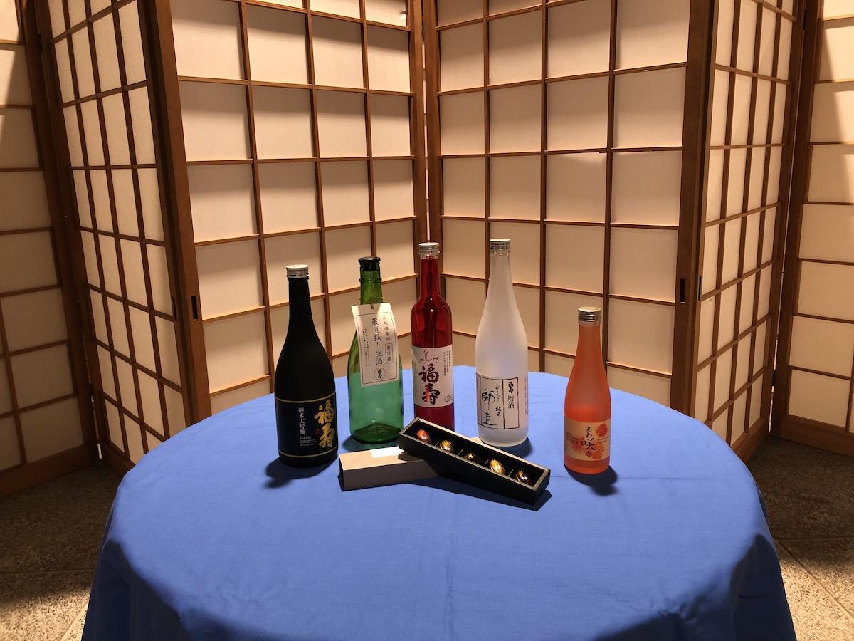 おとな旅・神戸で、チョコレートと日本酒のペアリングを楽しんでいただきました。